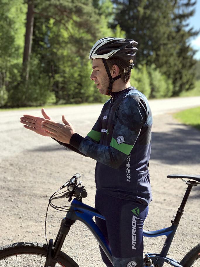 Cyklist förklarar
