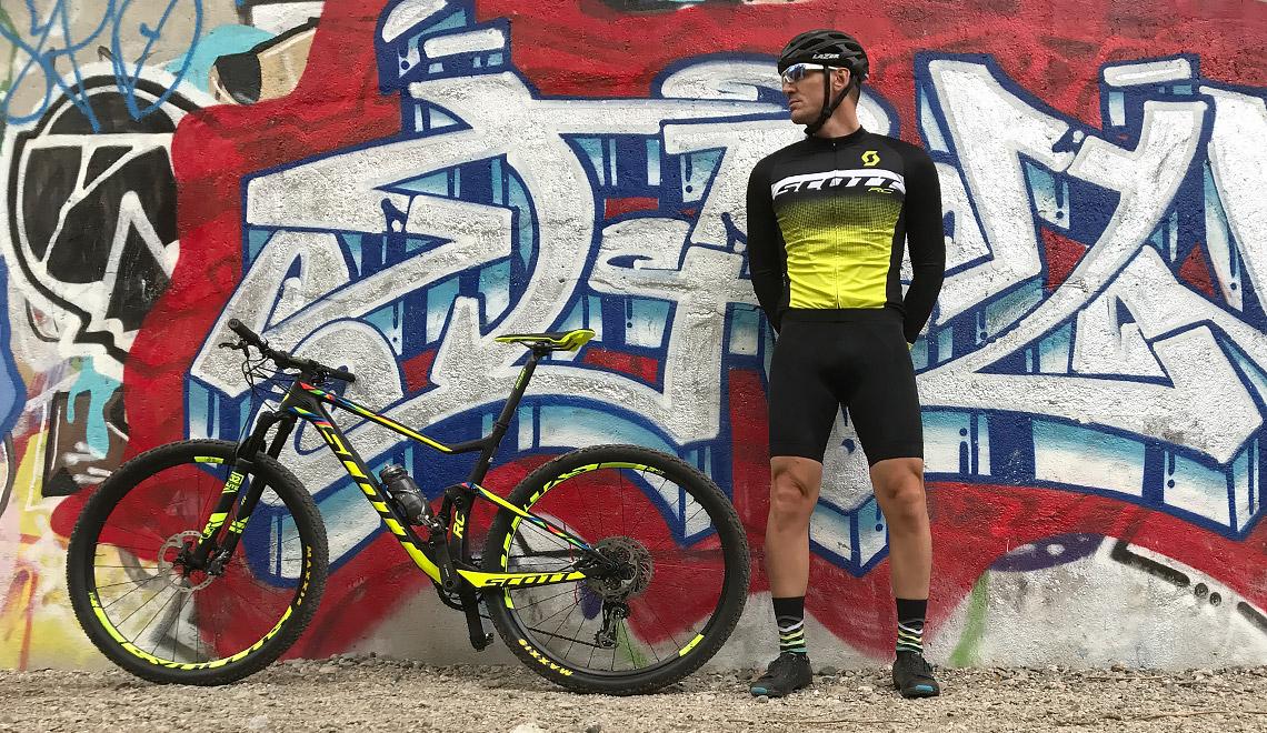 Cyklist och cykel