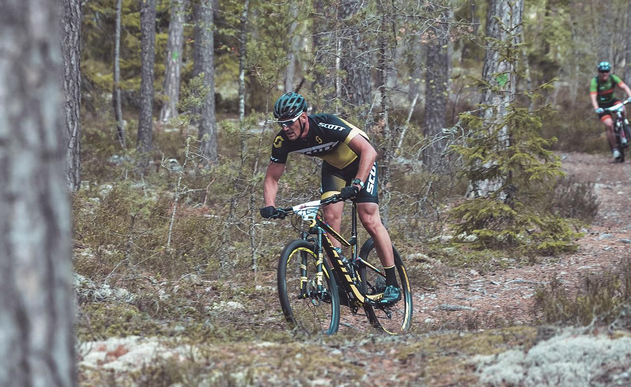 Cyklist på MTB